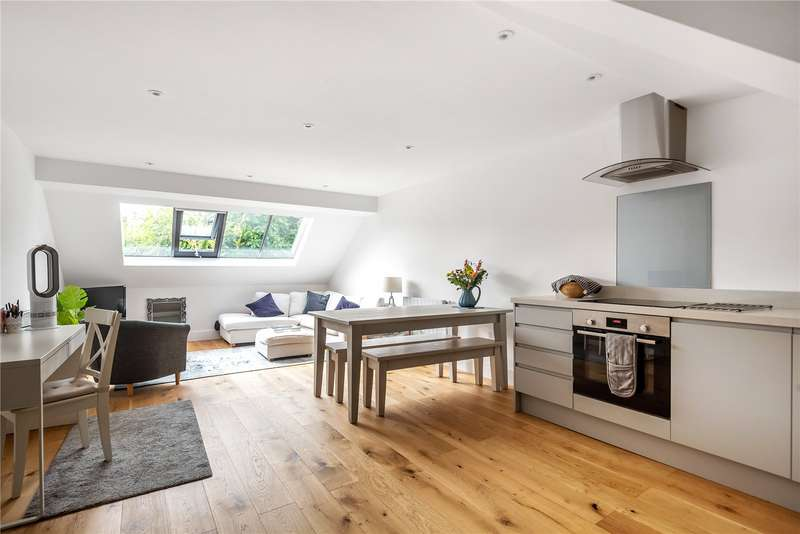 2 Bedrooms House for sale in Coxwell Street, Cirencester, GL7