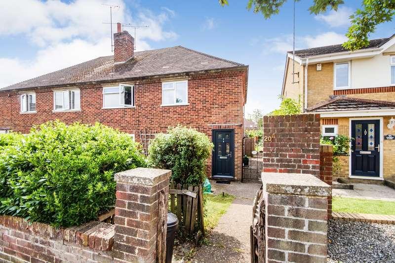 2 Bedrooms Maisonette Flat for sale in Norton Road, Woodley, Reading, RG5
