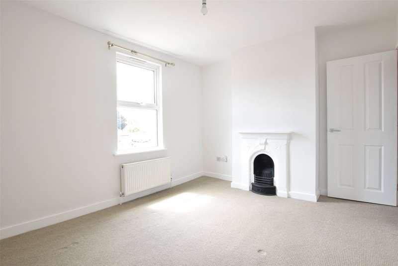 2 Bedrooms Semi Detached House for sale in Rock Road, Keynsham, Bristol, BS31