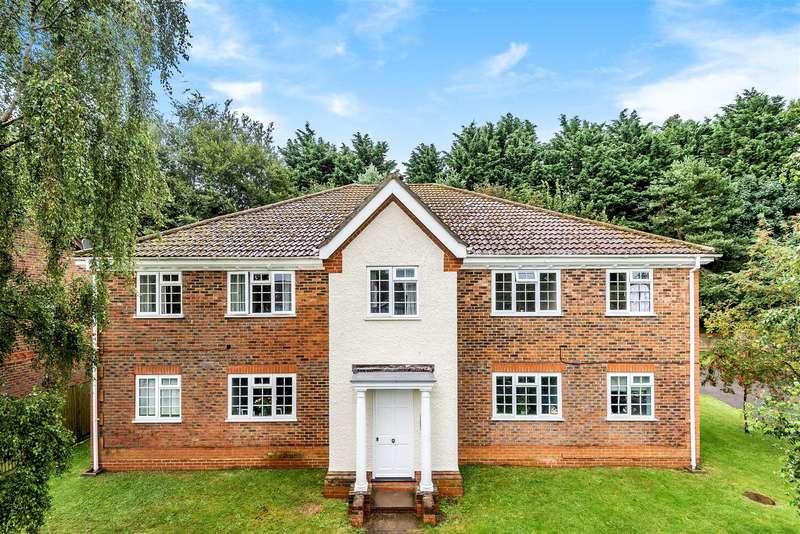 1 Bedroom Apartment Flat for sale in Dodsells Well, Wokingham, Berkshire, RG40 4YE