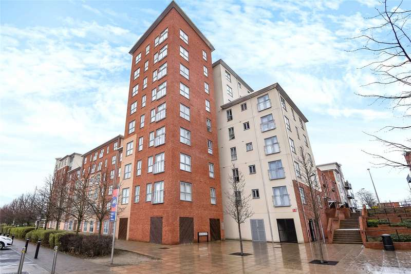 3 Bedrooms Apartment Flat for sale in Lansdowne House, Moulsford Mews, Reading, Berkshsire, RG30