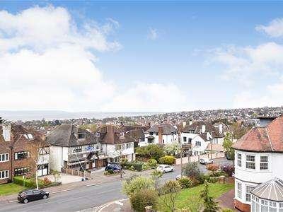1 Bedroom Retirement Property for sale in Kings Road, Westcliff-On-Sea