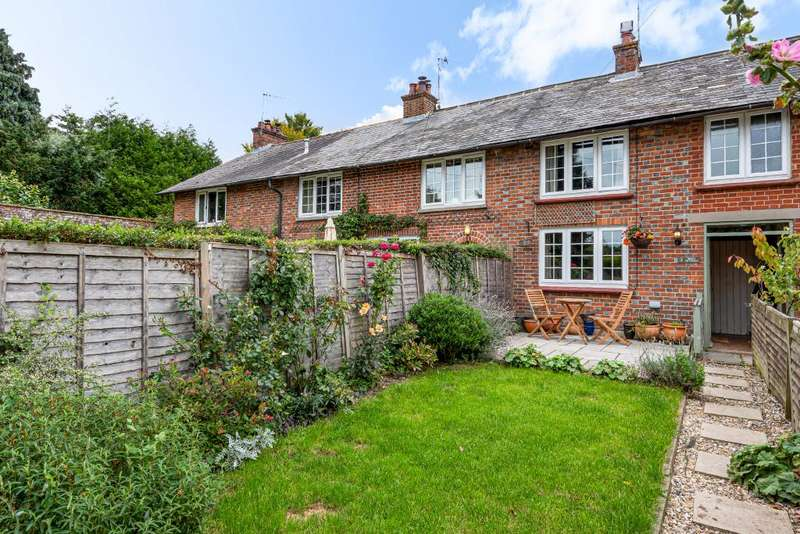 2 Bedrooms Cottage House for sale in Shefford Woodlands, Hungerford, RG17