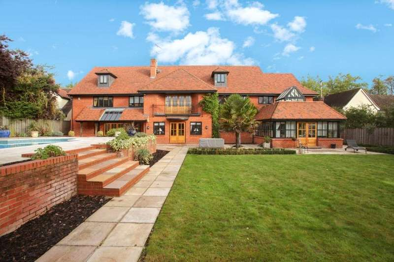 7 Bedrooms Detached House for sale in Mount Avenue, Hutton, Brentwood