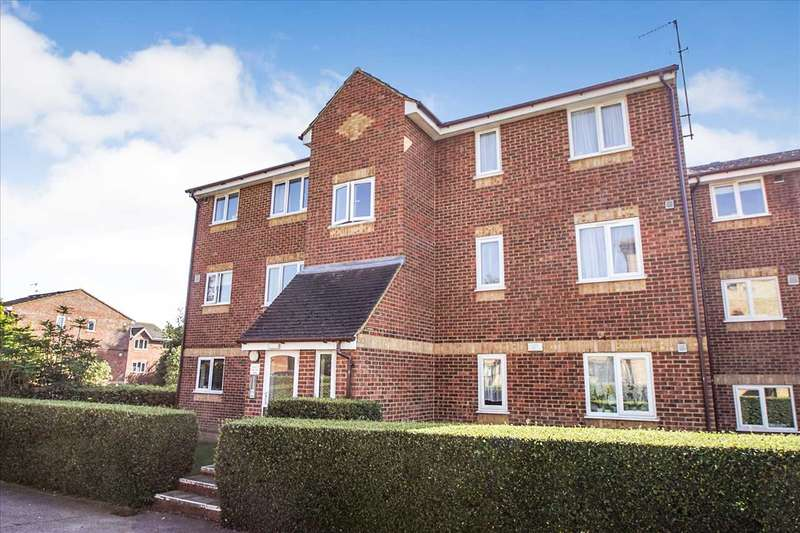 1 Bedroom Apartment Flat for sale in Lowestoft Drive, Cippenham