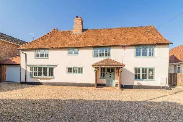 5 Bedrooms Detached House for sale in High Street, Sandhurst, Berkshire