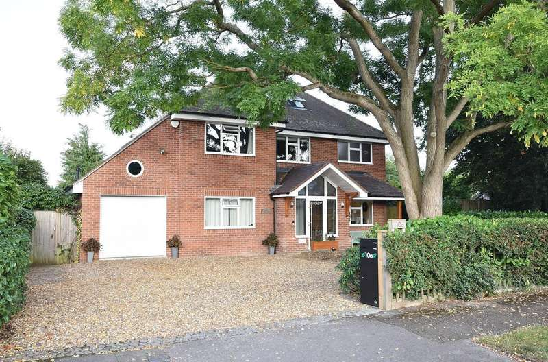 5 Bedrooms Detached House for sale in Emmer Green, Reading