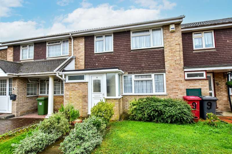 3 Bedrooms Terraced House for sale in Rose Walk, Slough, SL2