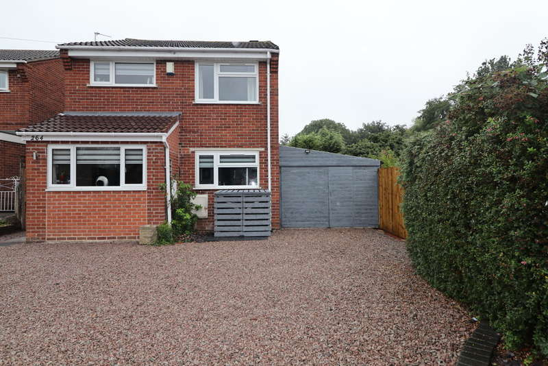 3 Bedrooms Detached House for sale in Braddon Road, Loughborough
