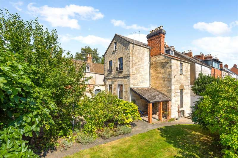 4 Bedrooms Semi Detached House for sale in Middle Street, Stroud, Gloucestershire, GL5