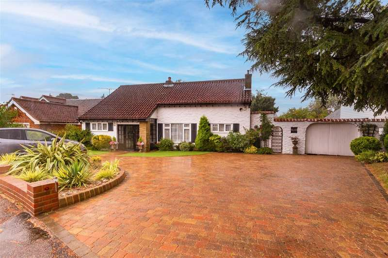 3 Bedrooms Chalet House for sale in Lynceley Grange, Epping