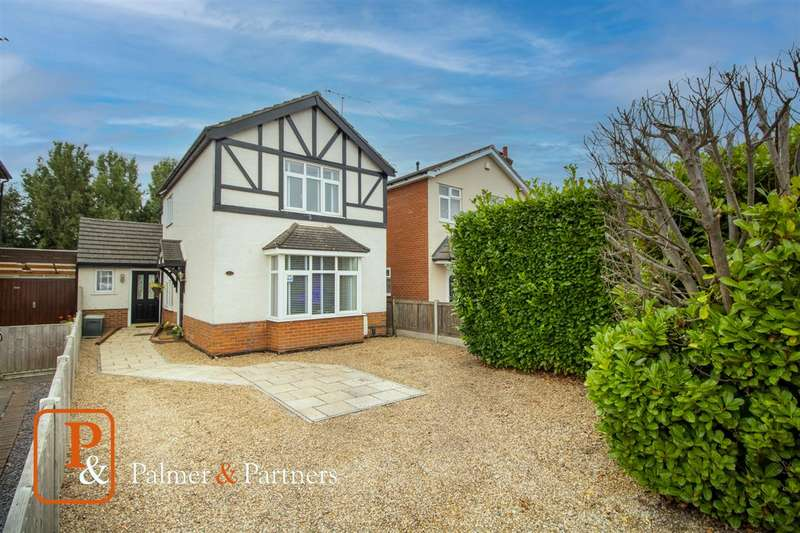 3 Bedrooms Detached House for sale in Straight Road, Colchester CO3