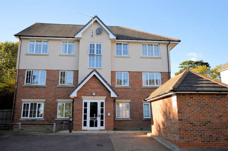2 Bedrooms Flat for rent in Harding House, Epping