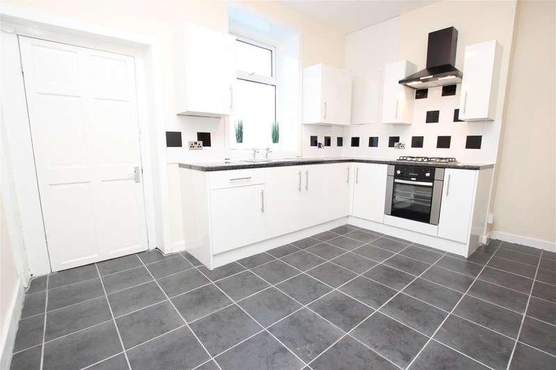 2 Bedrooms Terraced House for rent in Blackburn Road Darwen BB3 1HL