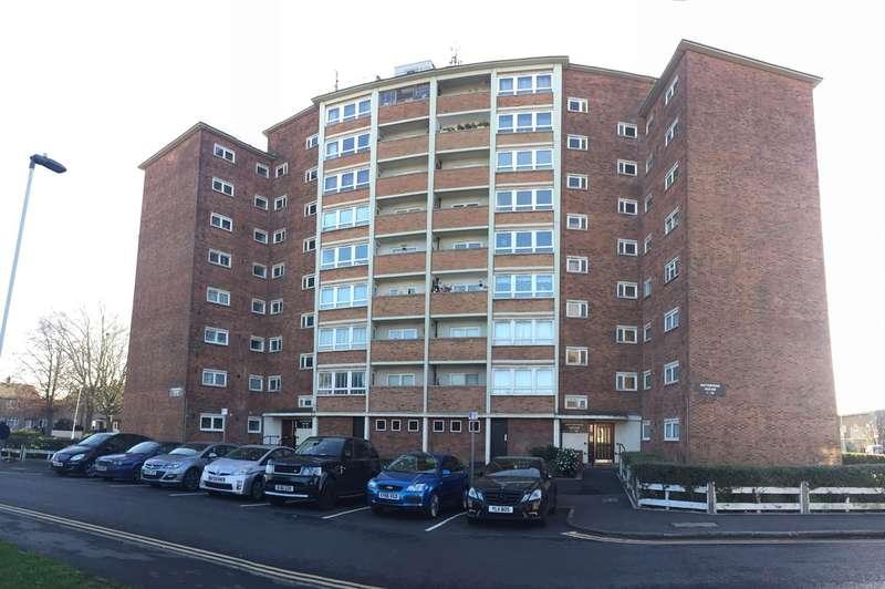 1 Bedroom Flat for sale in Enterprise House Curzon Crescent Barking