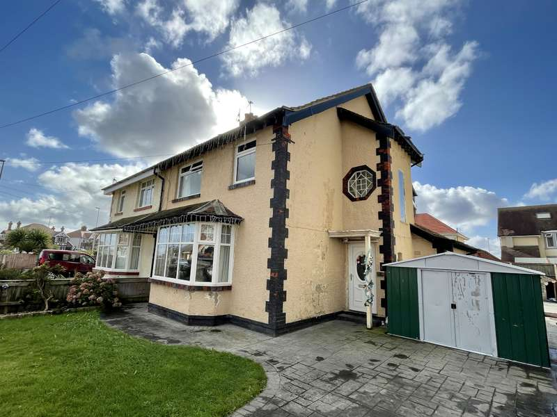 4 Bedrooms Semi Detached House for sale in Shore Road, Thornton-Cleveleys, FY5 1PF