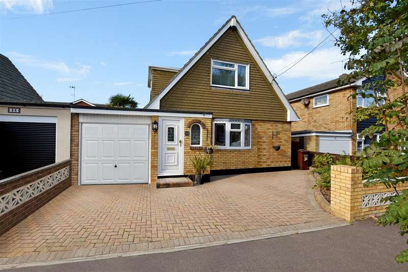 2 Bedrooms House for sale in Lottem Road, Canvey Island