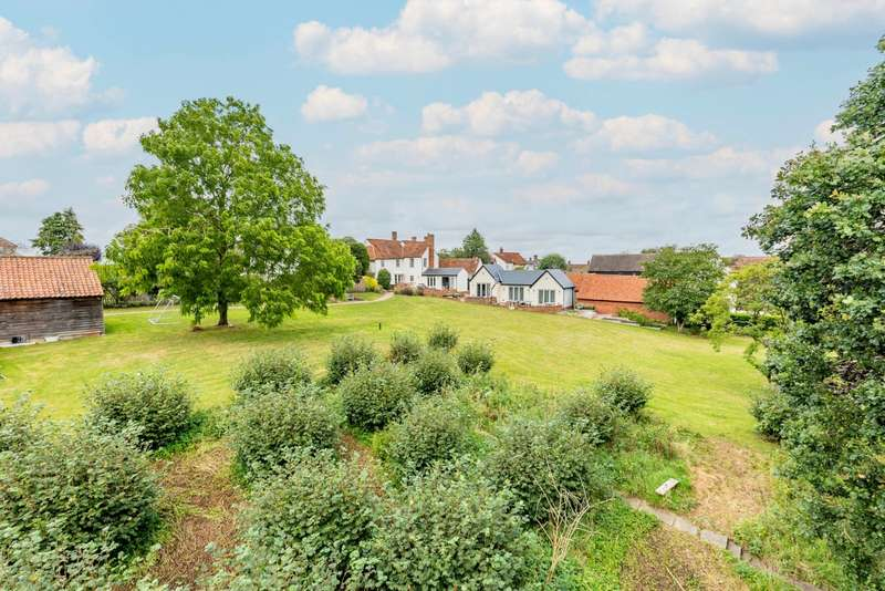 5 Bedrooms Detached House for sale in Dunmow Road, Great Bardfield, Braintree, Essex, CM7