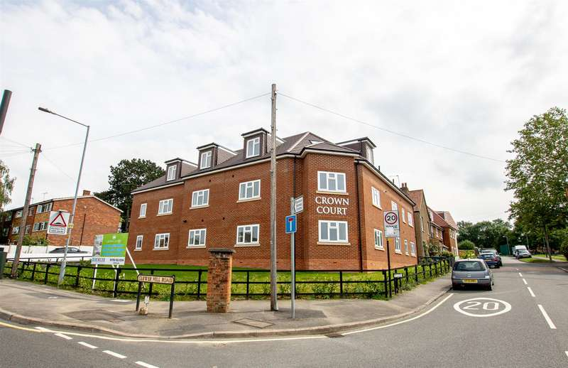 2 Bedrooms Apartment Flat for sale in 137 Clewer Hill Road, Windsor