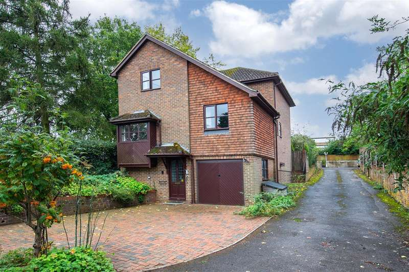 3 Bedrooms Detached House for sale in Park Road, Toddington
