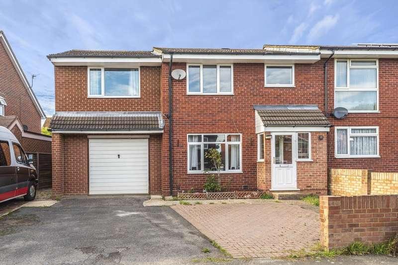 4 Bedrooms Semi Detached House for sale in Burnham, Buckinghamshire, SL1