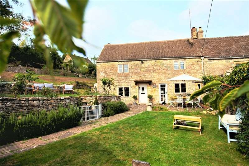 4 Bedrooms Semi Detached House for sale in Bournes Green, Stroud, Gloucestershire, GL6