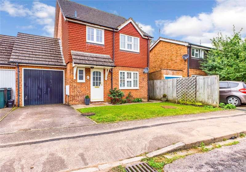 3 Bedrooms Link Detached House for sale in Lambourne Close, Tilehurst, Reading, RG31