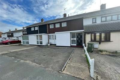 2 Bedrooms House for rent in FRYERNS, BASILDON