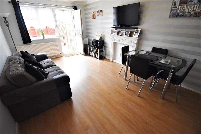 1 Bedroom Maisonette Flat for sale in Dunning Close, South Ockendon