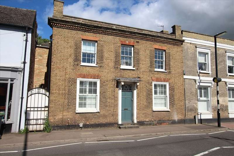 4 Bedrooms Detached House for sale in Shortmead Street, Biggleswade, SG18