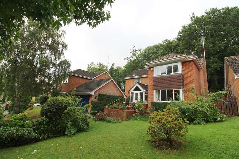 4 Bedrooms House for sale in Russet Glade, Emmer Green, Reading