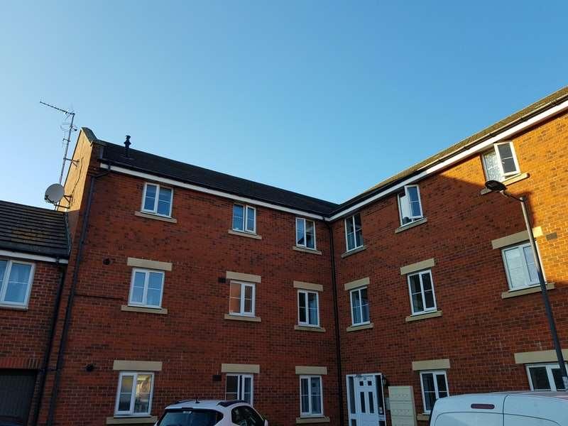 2 Bedrooms Flat for sale in Amis Walk, Bristol, Somerset, BS7