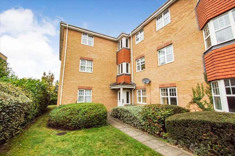 1 Bedroom Apartment Flat for sale in Petty Cross, Cippenham