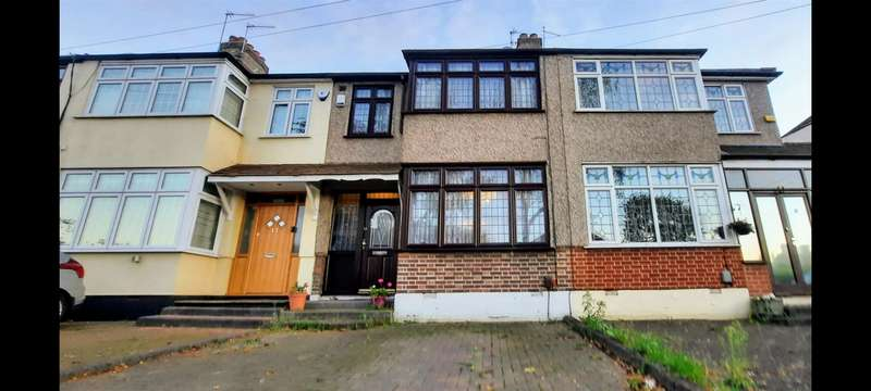 3 Bedrooms Terraced House for sale in Shelley Avenue, Hornchurch