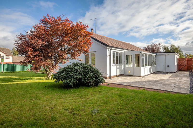3 Bedrooms Detached Bungalow for sale in Townsend Close, St. Briavels, Lydney