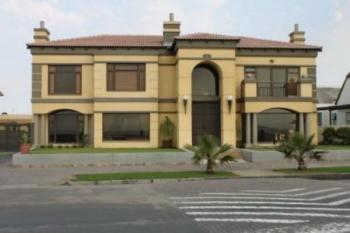 5 Bedrooms House for sale in Walvis Bay