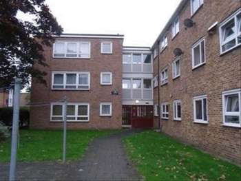Property for sale in Boundary Road, Barking