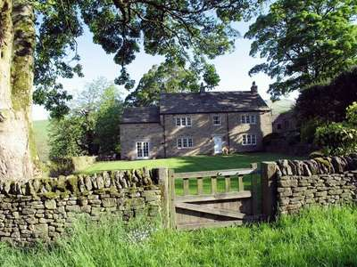 6 Bedrooms Detached House for sale in Troutbeck House, Upper Fold, High Peak, Derbyshire