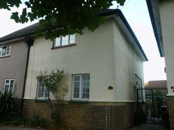 3 Bedrooms Semi Detached House for sale in Tivoli Road, West Norwood SE27