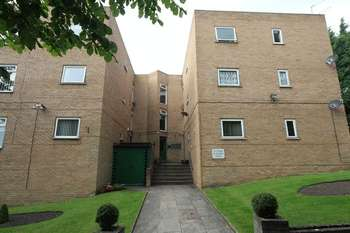 2 Bedrooms Flat for sale in West Oakhill Park, Old Swan, Liverpool, L13