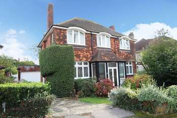 3 Bedrooms Detached House for sale in Oldfield Close, Stanmore