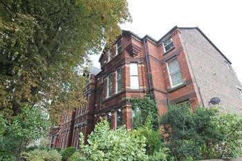 2 Bedrooms Flat for sale in Ivanhoe Road, Sefton Park, Liverpool, L17