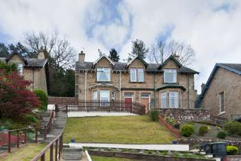 3 Bedrooms Semi Detached House for sale in Orchard Terrace, Hawick, Borders, TD9 9LX