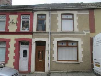 3 Bedrooms Terraced House for sale in Commercial Street, Aberbargoed, BARGOED, Caerphilly
