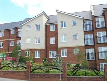 1 Bedroom Flat for sale in Cestrian Court, Chester le Street, Co Durham, DH3
