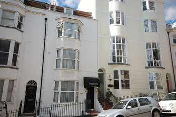 9 Bedrooms Property for sale in Devonshire Place, Brighton