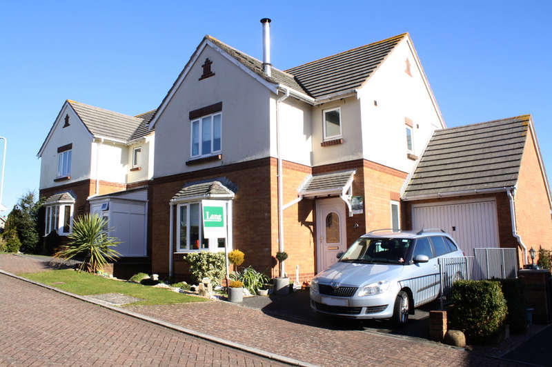 3 Bedrooms Detached House for sale in Teacher Close, Goosewell.