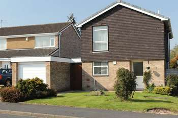 4 Bedrooms Detached House for sale in Venables Drive, Bebington, Wirral