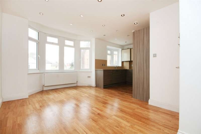 2 Bedrooms Flat for sale in Noel Road, Acton