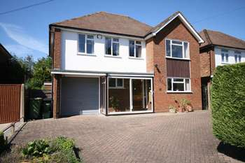 4 Bedrooms Detached House for sale in EWELL